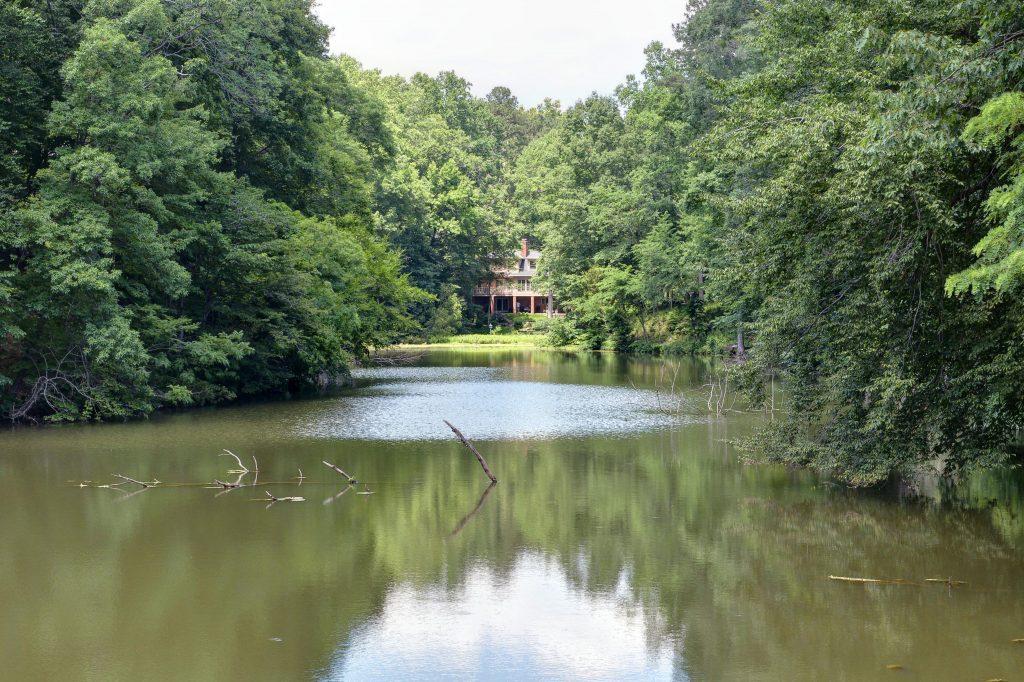 Kingsmill Pond